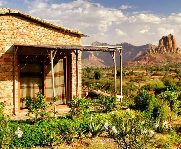 Korkor Lodge room with mountains in background