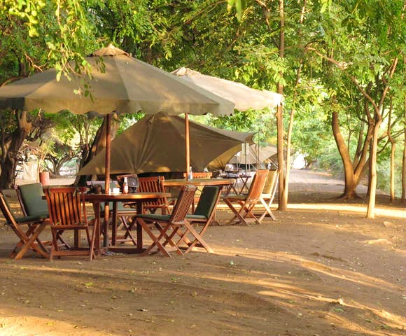 Dining table at Lales Camp