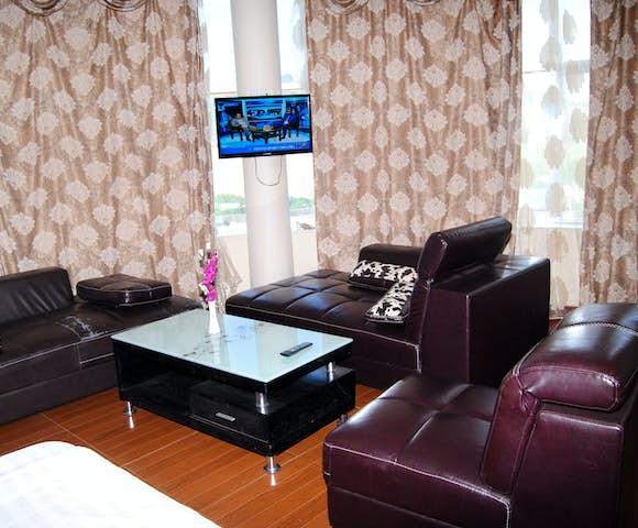 Lounge area at Yared Zema Hotel