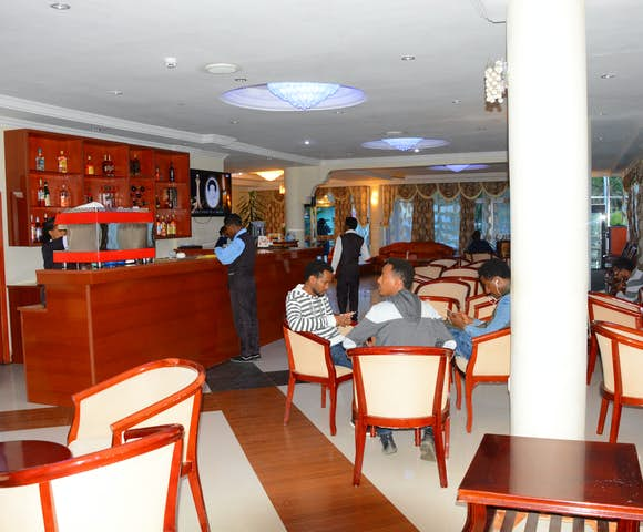 Restaurant and bar at Yared Zema Hotel