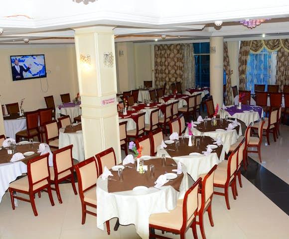 Dining room at Yared Zema Hotel